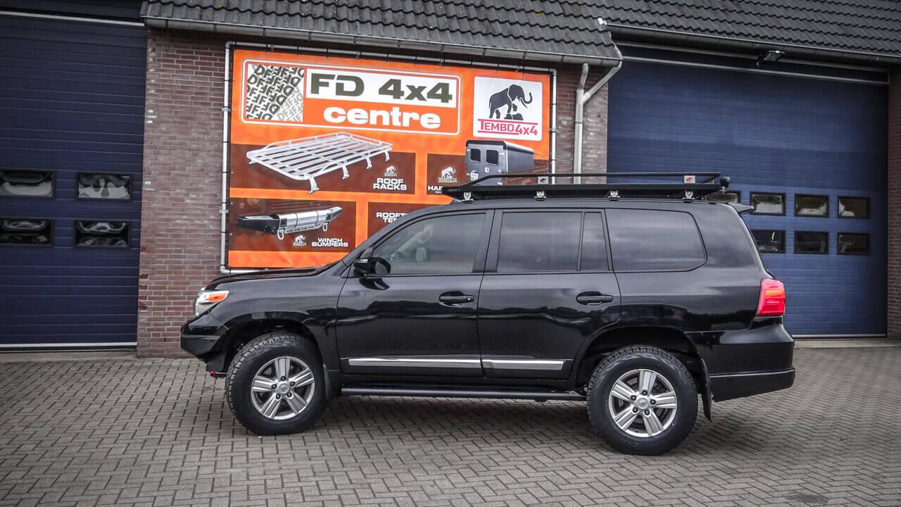 Landcruiser 200 series rally