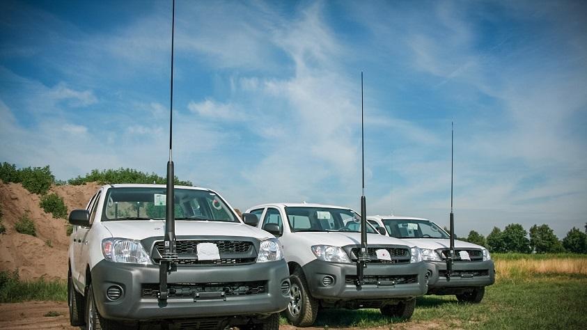 Antenna mount UN
