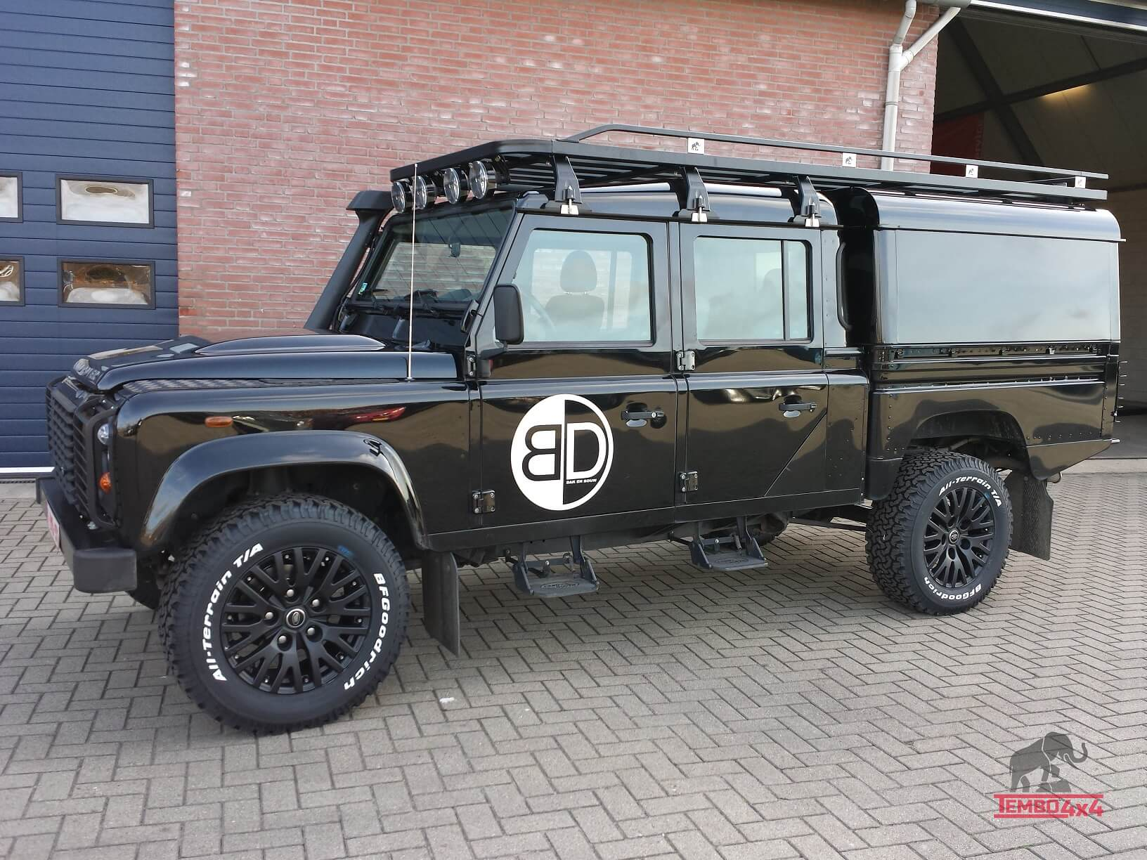 Defender 130 hardtop en roof rack