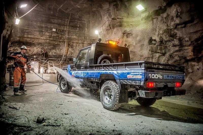 Tembo 4x4 e-LV mining